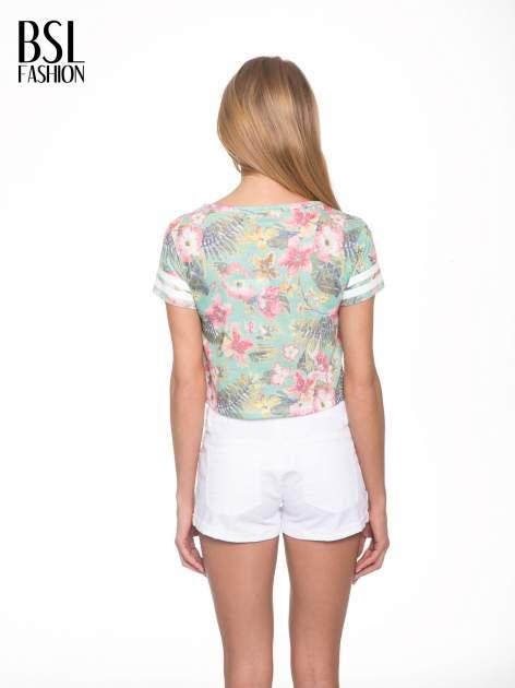 Kwiatowy t-shirt typu crop top z numerkiem                                  zdj.                                  4