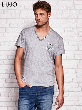 LIU JO Szary t-shirt męski z kwiatowymi wstawkami                                  zdj.                                  1