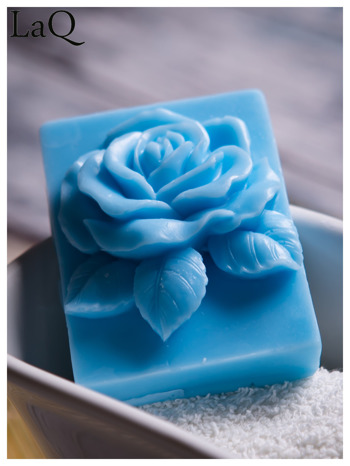 LaQ Mydełko Róża w prostokącie - niebieski / Zapach - wata cukrowa BEZ SLS i SLES                                  zdj.                                  2