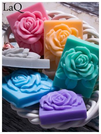LaQ Mydełko Róża w prostokącie - zielony / Zapach - jabłko i orzech BEZ SLS i SLES