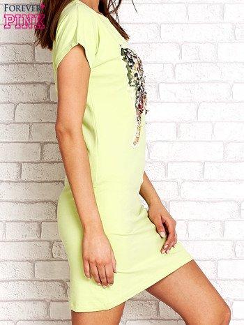 Limonkowa sukienka z cekinowym motylem                                  zdj.                                  2