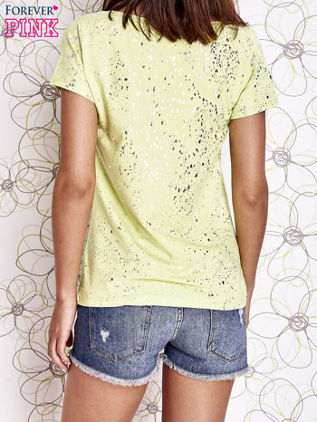 Limonkowy t-shirt z napisem BONJOUR                                  zdj.                                  4