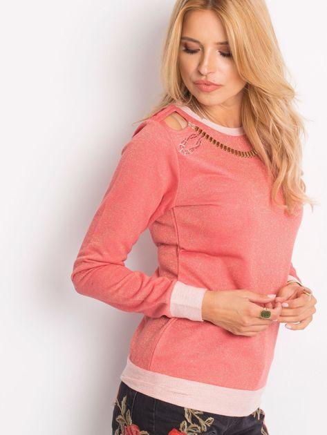 Łososiowa bluza z łańcuszkiem z wycięciami                              zdj.                              2