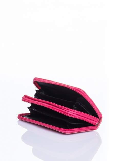 Łososiowy lakierowany pikowany portfel                                  zdj.                                  4