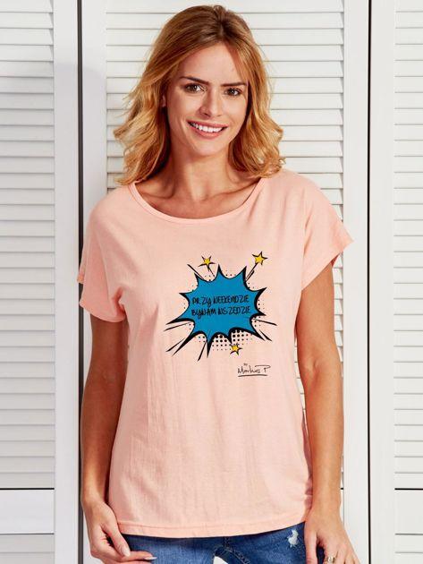 Łososiowy t-shirt damski PRZY WEEKENDZIE BYWAM WSZĘDZIE by Markus P                                  zdj.                                  1