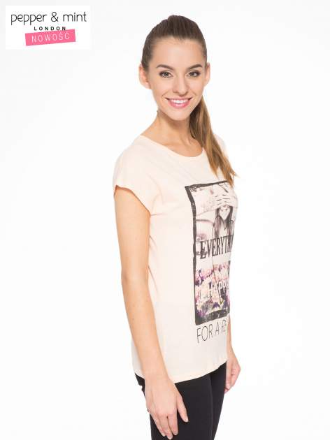 Łososiowy t-shirt z napisem EVERYTHING HAPPENS FOR A REASON                                  zdj.                                  3