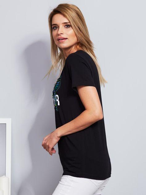 Luźny t-shirt z kaktusami z cekinów czarny                                  zdj.                                  5