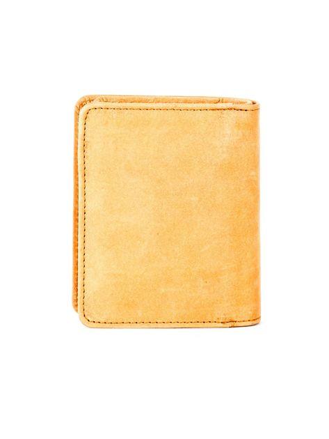 Miękki skórzany portfel camelowy z tłoczeniem                              zdj.                              2