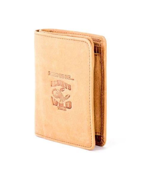 Miękki skórzany portfel camelowy z tłoczeniem                              zdj.                              3