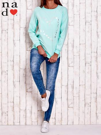 Miętowa bluza z wzorem serca                                  zdj.                                  2