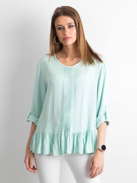 Miętowa bluzka damska z falbaną