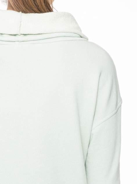 Miętowa długa bluza ze ściąganym kapturokominem                                  zdj.                                  8