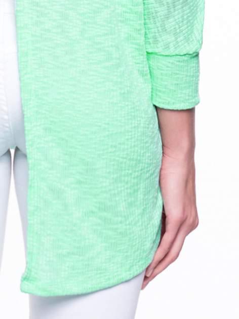 Miętowy sweter z rozcięciem na plecach                                  zdj.                                  7