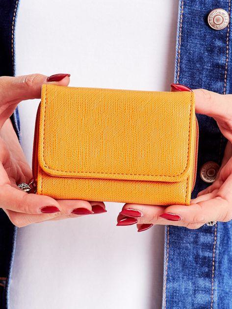 Miodowy portfel damski ze skóry ekologicznej