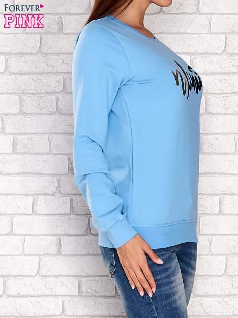 Niebieska bluza z napisem NO LIMITS                                  zdj.                                  3