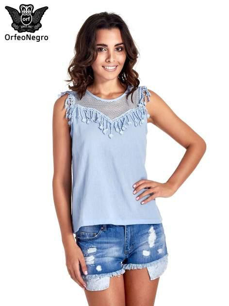 Niebieska bluzka koszulowa z frędzlami przy dekolcie                                  zdj.                                  1