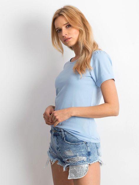 Niebieska bluzka z podwijanymi rękawami                              zdj.                              3