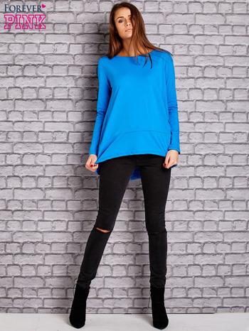 Niebieska bluzka z wiązaniem na plecach                                  zdj.                                  2