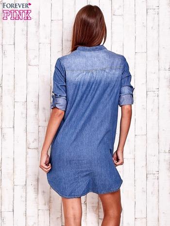 Niebieska denimowa sukienka koszula z kieszonkami                                  zdj.                                  2