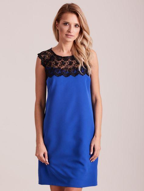 Niebieska elegancka sukienka z koronką                              zdj.                              1