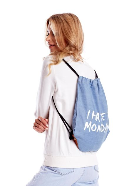 Niebieska jeansowa torba worek z napisem                              zdj.                              3