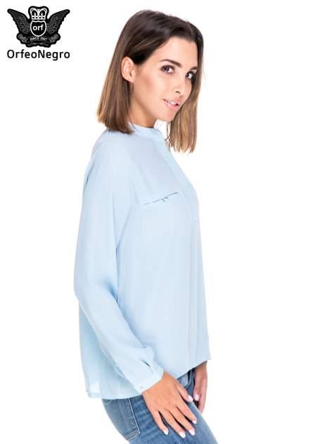 Niebieska koszula ze stójką i kieszonkami na guziczki                                  zdj.                                  3