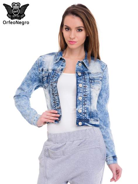Niebieska kurtka jeansowa damska z marmurkowego denimu