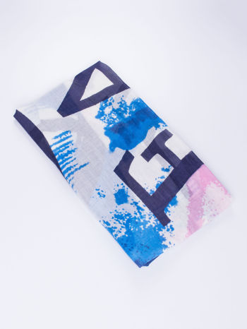 Niebieska kwadratowa chusta w literowy wzór i ciapki                                  zdj.                                  2
