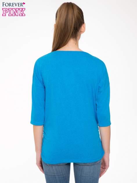 Niebieska luźna bluzka z rękawem 3/4                                  zdj.                                  4