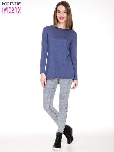 Niebieska melanżowa bluzka z dłuższym tyłem                                  zdj.                                  2