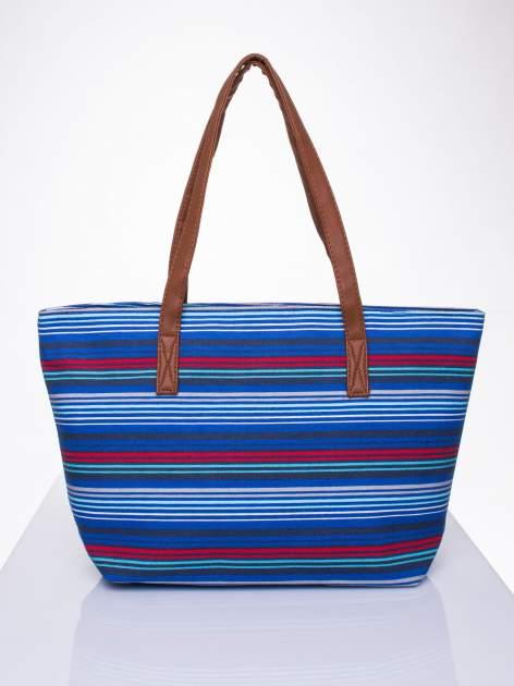 Niebieska plażowa torba w paski ze skórzaną rączką