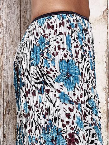 Niebieska plisowana spódnica midi z brokatem                                  zdj.                                  5