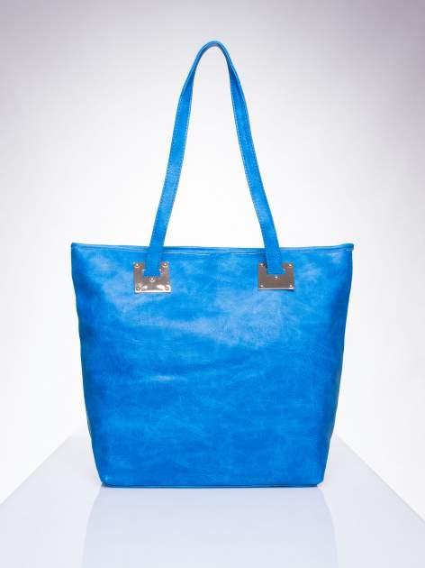 Niebieska prosta torba shopper bag ze złotymi okuciami                                  zdj.                                  1