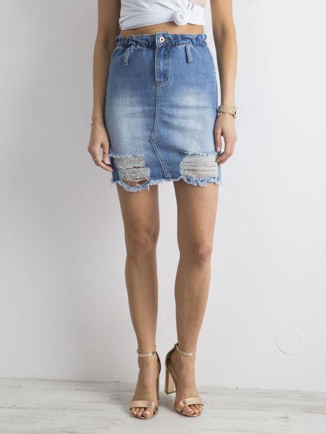 Niebieska spódnica jeansowa z przetarciami                              zdj.                              5
