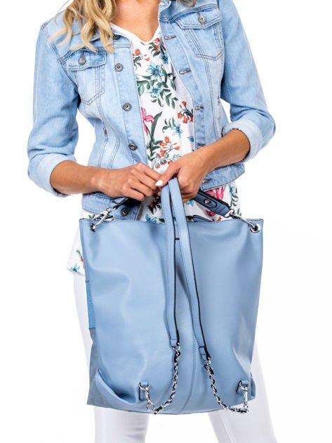 Niebieska torba-plecak z odpinanymi szelkami                              zdj.                              4