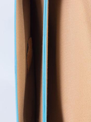 Niebieska torebka listonoszka z falowanym wykończeniem                                  zdj.                                  6