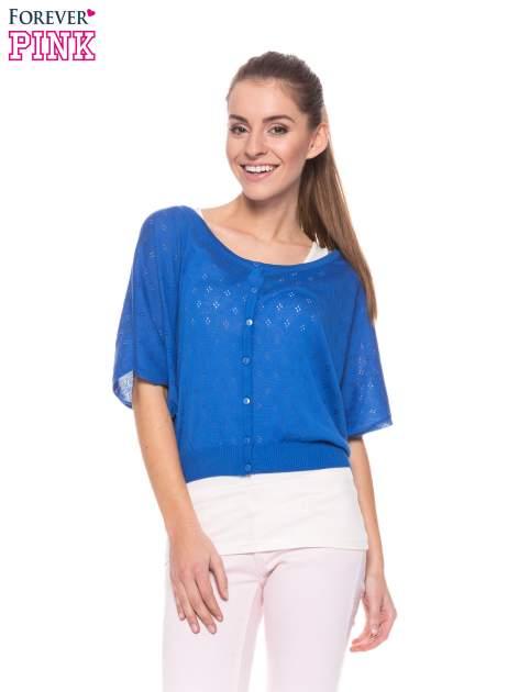 Niebieski ażurowy sweterek z krótkim rękawem