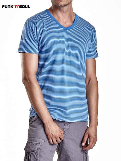 Niebieski klasyczny t-shirt męski w paski Funk n Soul                                  zdj.                                  5