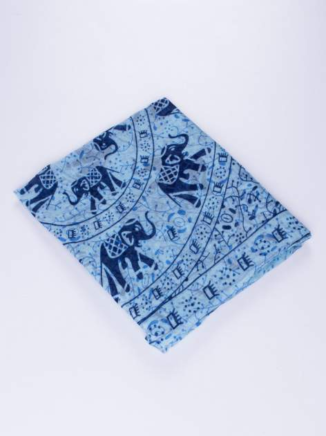 Niebieski orientalny szal we wzór ze słoni                                  zdj.                                  2