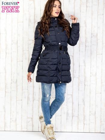 Niebieski pikowany płaszcz z paskiem                                  zdj.                                  6