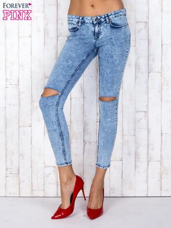 Niebieskie jeansowe spodnie rurki marmurkowe z dziurami                                  zdj.                                  1