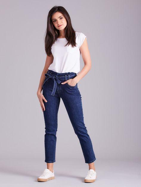 Niebieskie jeansy z wiązaniem                              zdj.                              4