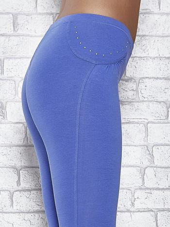 Niebieskie legginsy sportowe 7/8 z wiązaniem                                  zdj.                                  5