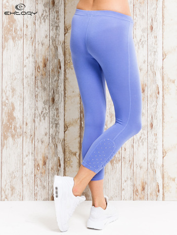 Niebieskie legginsy sportowe z aplikacją z dżetów na nogawkach                                  zdj.                                  2