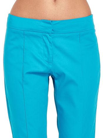 Niebieskie spodnie cygaretki w kant                                  zdj.                                  4