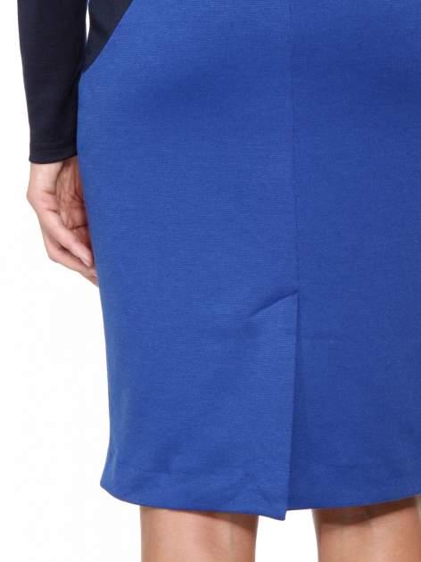 Niebiesko-granatowa sukienka modułowa z zamkiem z tyłu                                  zdj.                                  10