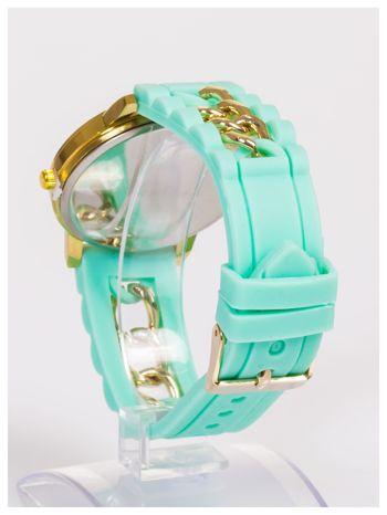Nowoczesny damski zegarek z łańcuszkiem i ozdobnym chronografem na wygodnym silikonowym pasku                                  zdj.                                  4