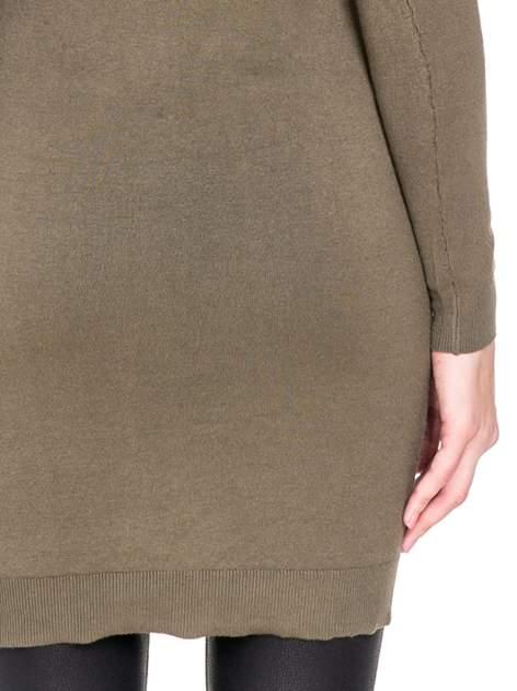 Oliwkowa swetrowa sukienka z golfem                                  zdj.                                  8