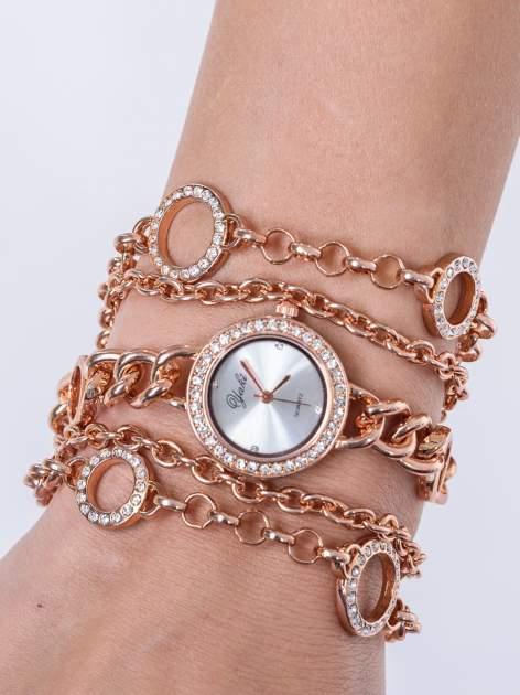 Owijany zegarek damski na łańcuszku z różowego złota