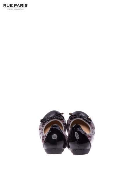 Panterkowe baleriny na gumkę z czarnym lakierowanym noskiem                                  zdj.                                  3